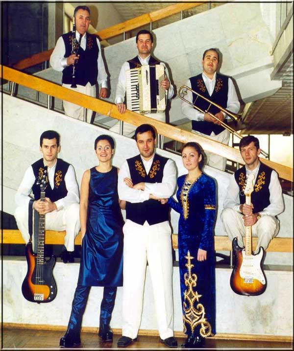"1996. Pop group ""OSHTEN"""